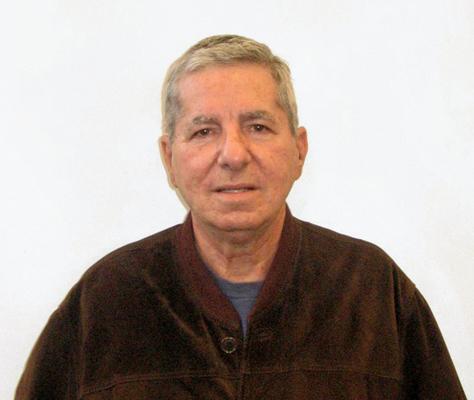 Yndamiro Restano Díaz